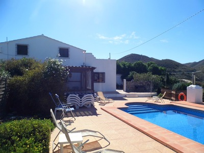 Cortijo: Traditional Cottage for Sale in Cantoria, Almería
